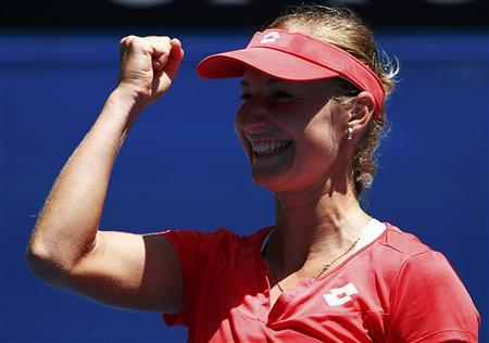 Makarova wields Melbourne magic with Kerber win