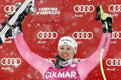 Alpine skiing: Rebensburg wins foggy Super-G in...