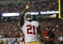 San Francisco 49ers runningback Frank Gore celebrates a third quarter touchdown against the Atlanta Falcons in the NFL NFC Championship football game in Atlanta, Georgia January 20, 2013. REUTERS/Jeff Haynes