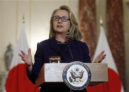 U.S. Secretary of State Hillary Clinton discusses the Algerian hostage situation while meeting with Japanese Foreign Minister Fumio Kishida (not in photo) at the State Department in Washington January 18, 2013. REUTERS/Gary Cameron