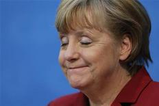Chanceler alemã Angela Merkel saiu derrotada das eleições de domingo na Baixa Saxônica, região agrícola que funciona como termômetro da política do país. 21/01/2013 REUTERS/Fabrizio Bensch