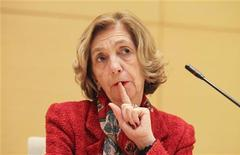 France's Foreign Trade Minister Nicole Bricq gestures during a news conference at the French Embassy in Beijing, January 21, 2013. REUTERS/China Daily