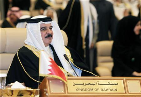 King of Bahrain Sheikh Hamad bin Issa al-Khalifa attends Arab summit in Riyadh January 21, 2013. REUTERS/Fahad Shadeed