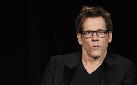 Cast member Kevin Bacon speaks at a Fox panel for the television series ''The Following'' at the 2013 Winter Press Tour for the Television Critics Association in Pasadena, California January 8, 2013. REUTERS/Mario Anzuoni