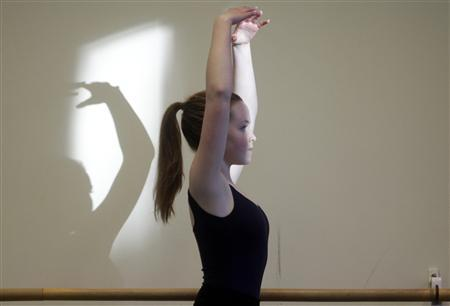 Emelie Olsson practices during a dance lesson in Stockholm January 19, 2013.REUTERS/Ints Kalnins