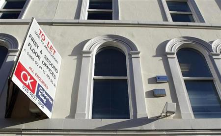 A ''To Let'' sign is seen in Belfast November 12, 2010. REUTERS/Cathal McNaughton