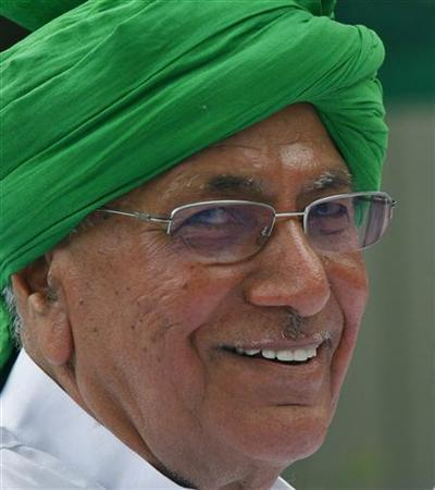 Omprakash Chautala attends a news conference in New Delhi July 3, 2008. REUTERS/Vijay Mathur/Files
