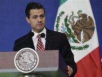 Presidente do México, Enrique Peña Nieto, lançou campanha de combate à fome no país. Projeto atingiria quase 7,5 milhões de mexicanos. 09/01/2013 REUTERS/Henry Romero