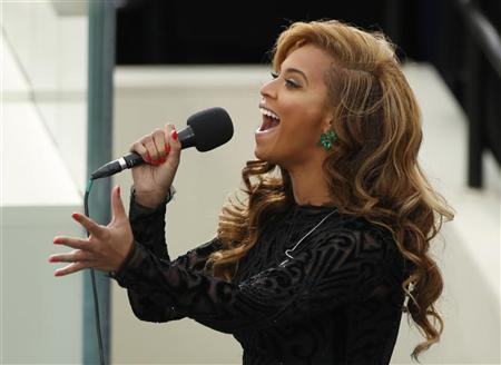 Beyonce sings the National Anthem during inauguration ceremonies for U.S. President Barack Obama in Washington, January 21, 2013. REUTERS/Kevin Lamarque