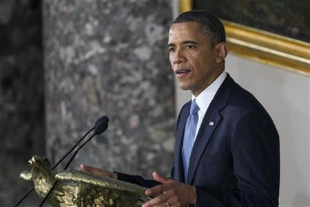 U.S. President Barack Obama delivered remarks during the Inaugural luncheon in Statuary Hall after his ceremonial swearing in at the U.S. Capitol on Capitol Hill in Washington, January 21, 2013. REUTERS/Benjamin Myers