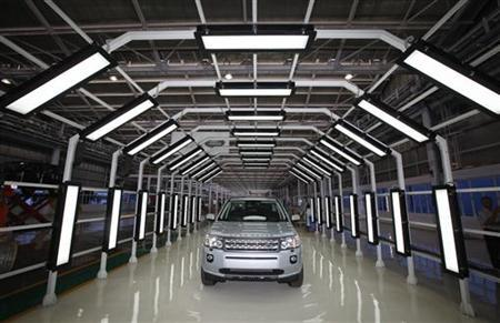 A Jaguar Land Rover Freelander 2 vehicle is displayed for the media at the company's production plant in Pune, 190km south of Mumbai May 27, 2011. REUTERS/Danish Siddiqui/Files