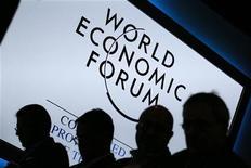 Participantes comparecem à sessão da reunião anual do Fórum Econômico Mundial em Davos, na Suíça. 23/01/2013 REUTERS/Pascal Lauener