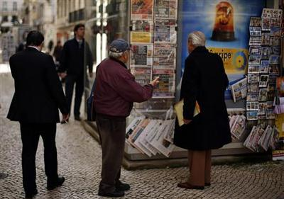 Euro zone's debt stabilizes as north-south split...