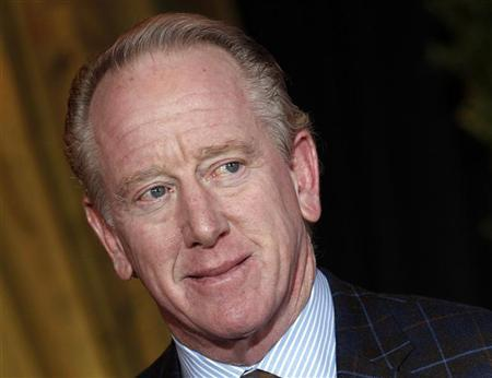 Former NFL quarterback Archie Manning arrives for the Inaugural National Football League Honors at Super Bowl XLVI in Indianapolis, Indiana, February 4, 2012. REUTERS/Mike Segar