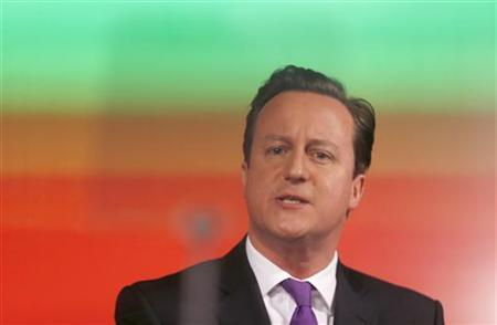Britain's Prime Minister David Cameron delivers a speech on the European Union and Britain's role within it, in central London January 23, 2013. REUTERS/Suzanne Plunkett