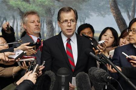 U.S. Special Representative for North Korea Policy Glyn Davies attends a news conference at South Korea's foreign ministry after meeting with South Korea's chief nuclear envoy Lim Sung-nam in Seoul January 24, 2013. REUTERS/Kim Hong-Ji