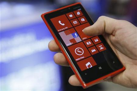 A Nokia Lumia smartphone is pictured in a shop in Warsaw, January 11, 2013. REUTERS/Kacper Pempel/Files
