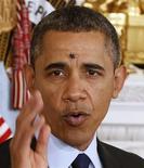 Hubo un zumbido el jueves en la Casa Blanca cuando el presidente Barack Obama anunció la designación de dos destacados responsables de las autoridades reguladoras financieras. En la imagen, la mosca sobre la frente de Obama en la Casa Blanca, el 24 de enero de 2013. REUTERS/Larry Downing