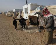 A ONU fez um apelo aos vizinhos da Síria que mantenham abertas suas fronteiras aos civis que fogem do conflito. Mais de 30.000 sírios chegaram este ano ao campo de refugiados de Zaatri (foto de arquivo), o principal da Jordânia. REUTERS/Ali Jarekji