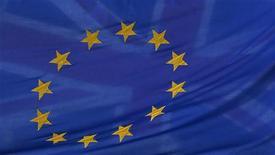 Líderes da União Europeia trazem à América Latina sua busca por novas oportunidades de crescimento econômico, após três anos de crise no bloco europeu, mas a perspectiva de um acordo de livre comércio com o Mercosul continua distante. REUTERS/Stefan Wermuth