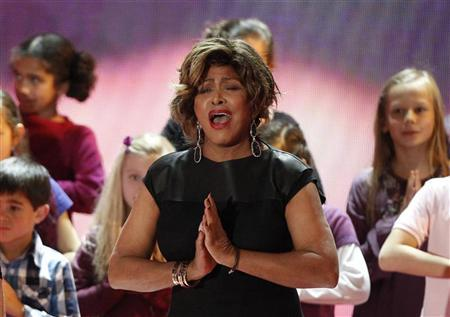 U.S. singer Tina Turner performs during the ''Ein Herz fuer Kinder'' (A Heart for Children) TV charity telethon in Berlin, December 17, 2011. REUTERS/Tobias Schwarz