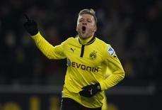 Le Borussia Dortmund a facilement dominé Nuremberg 3-0 grâce à un doublé de Jakub Blaszczykowski, signant ainsi une troisième victoire d'affilée en Bundesliga. /Photo prise le 25 janvier 2013/REUTERS/Ina Fassbender