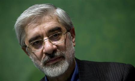Iran's former Prime Minister and presidential election candidate Mirhossein Mousavi looks on as he speaks to his supporters at an election campaign at a cultural centre in southern Tehran, May 30, 2009. REUTERS/Morteza Nikoubazl