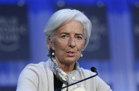 Christine Lagarde (L) chief of the International Monetary Fund (IMF) attends the annual meeting of the World Economic Forum (WEF) in Davos January 26, 2013. REUTERS/Pascal Lauener