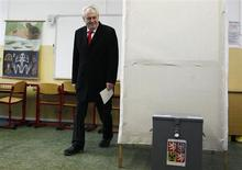 Presidential candidate and former Prime Minister Milos Zeman walks to cast his vote during the second round of the first ever direct Czech presidential election in Prague January 25, 2013. REUTERS/Petr Josek