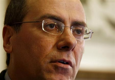 Silvan Shalom, a senior figure in the right-wing Likud party, speaks during an interview with Reuters in Ramat Gan, near Tel Aviv March 1, 2009. REUTERS/Gil Cohen Magen