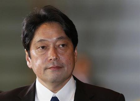 Japan's newly-appointed Defense Minister Itsunori Onodera arrives at Prime Minister Shinzo Abe's official residence in Tokyo December 26, 2012. REUTERS/Kim Kyung-Hoon