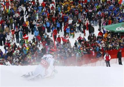Marcel Hirscher of Austria skis to win during the second run of men's Slalom event of the Alpine Skiing World Cup in Kitzbuehel January 27, 2013. REUTERS/Dominic Ebenbichler