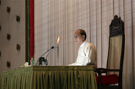 Myanmar's President Thein Sein speaks during a meeting with representatives from civil societies at the Yangon Region Parliament Building in Yangon January 20, 2013. REUTERS/Soe Zeya Tun