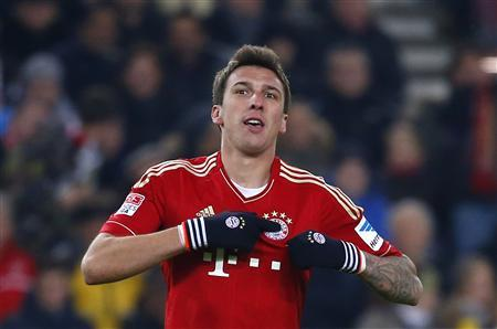 Mario Mandzukic of Bayern Munich celebrates his goal against VfB Stuttgart during their German first division Bundesliga soccer match in Stuttgart, January 27, 2013. REUTERS/Kai Pfaffenbach