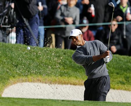 Dominant Tiger moves four ahead at Torrey Pines
