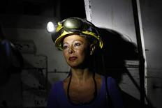 Una minatrice sarda. REUTERS/Alessandro Bianchi