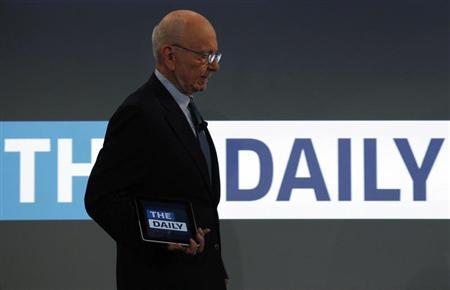 News Corp CEO Rupert Murdoch arrives to unveil News Cooperation's new iPad news publication ''The Daily'' in New York February 2, 2011. REUTERS/Brendan McDermid