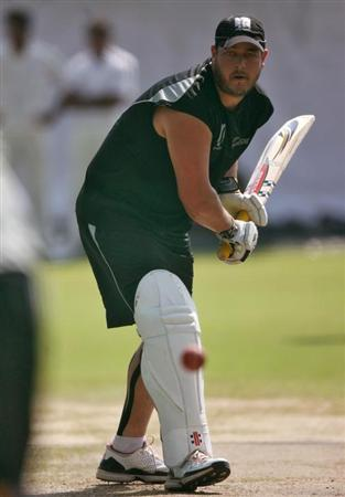 New Zealand's Jesse Ryder bats in the nets during a practice session in Hyderabad November 11, 2010. REUTERS/Krishnendu Halder/Files