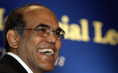 Reserve Bank of India (RBI) Governor Duvvuri Subbarao smiles during a business conference in New Delhi July 31, 2009. REUTERS/B Mathur/Files