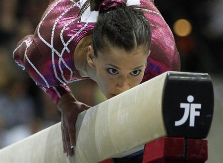 American gymnast sacramone announces retirement reuters for Lampen reuter