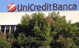 UniCredit annuncia avvio offerta fino a 9,1% Bank Pekao. REUTERS/Stefano Rellandini