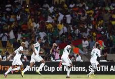 Le Nigeria, qui a battu l'Ethiopie 2-0 mardi à Rustenburg, en Afrique du Sud s'est ainsi qualifié pour les quarts de finale de la Coupe d'Afrique des nations. /Photo prise le 29 janvier 2013/REUTERS/Mike Hutchings