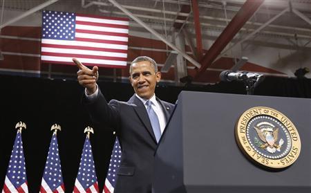 U.S. President Barack Obama arrives on stage to deliver remarks on immigration reform at Del Sol High School in Las Vegas, January 29, 2013. REUTERS/Jason Reed