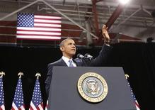 El presidente de Estados Unidos, Barack Obama, instó el martes al Congreso a realizar avances en los planes para reformar el sistema de inmigración estadounidense y ofrecer una vía a millones de inmigrantes ilegales para obtener la ciudadanía. En la imagen, el presidente de EEUU, Barack Obama, a su llegada al instituto Del Sol para hacer declaraciones sobre la reforma migratoria, en Las Vegas, el 29 de enero de 2013. REUTERS/Jason Reed