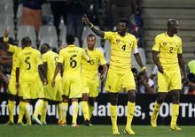 Le Togo a décroché mercredi pour la première fois de son histoire une place pour les quarts de finale de la Coupe d'Afrique des nations (Can) en faisant match nul contre la Tunisie (1-1). /Photo prise le 30 janvier 2013/REUTERS/Thomas Mukoya