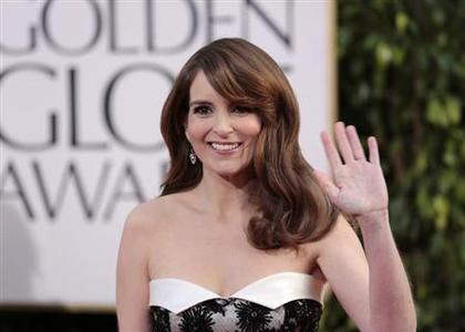 Actress and Golden Globe Awards co-host Tina Fey at the 70th annual Golden Globe Awards in Beverly Hills, California January 13, 2013. REUTERS/Jason Redmon