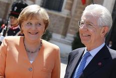 Ue, Merkel e Monti ottimisti su accordo bilancio. REUTERS/Max Rossi