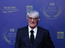 Chefe comercial da Fórmula 1, Bernie Ecclestone, é visto durante cerimônia de premiação em Istambul. Nuerburgring vai sediar este ano o Grande Prêmio da Alemanha de Fórmula 1 após Ecclestone firmar um acordo, pondo fim a meses de incerteza sobre o local. 07/12/2012 REUTERS/Murad Sezer