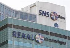 Le ministre des Finances néerlandais Jeroen Dijsselbloem a annoncé que le bancassureur SNS Reaal serait nationalisé, ce qui se traduira par un coût de 3,7 milliards d'euros pour l'Etat. /Photo d'archives/REUTERS/Michael Kooren