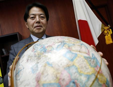 Japan's Agriculture, Forestry and Fisheries Minister Yoshimasa Hayashi poses after an interview with Reuters at his office in Tokyo February 1, 2013. REUTERS/Toru Hanai